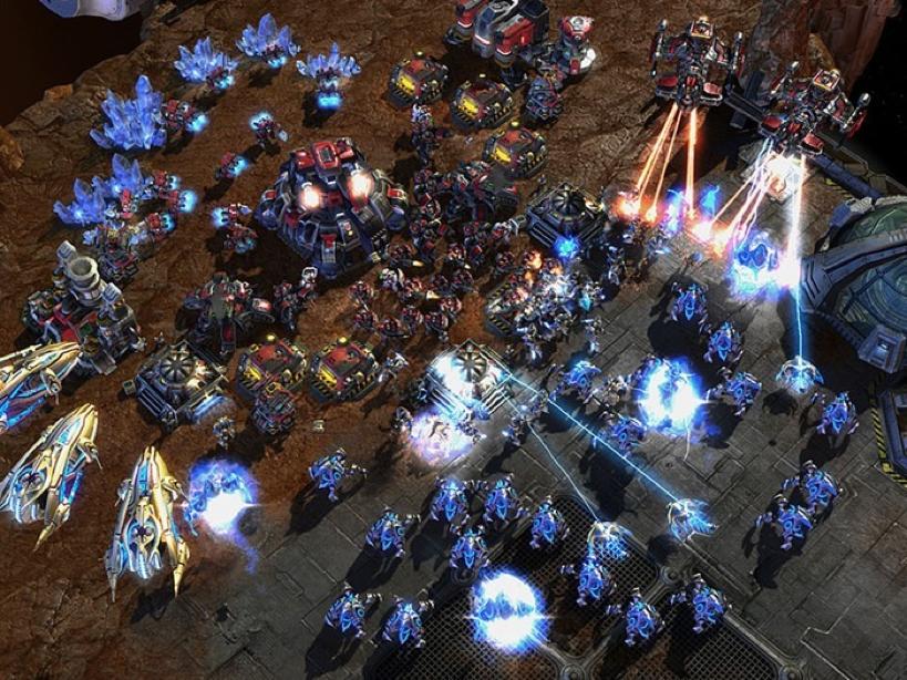 Schermata di gioco con le due razze