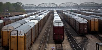 foto di una stazione ferroviaria