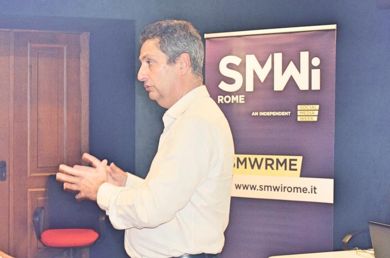 Paolo Costa che parla alla smw