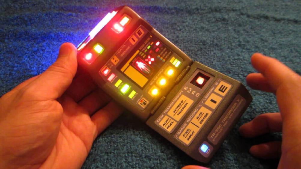 Tricorder used in the Star Trek series