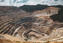 blockchain per tracciare il sourcing dalle miniere